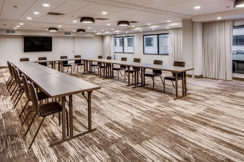 Meeting Facility, DoubleTree by Hilton Hotel & Suites Jersey City