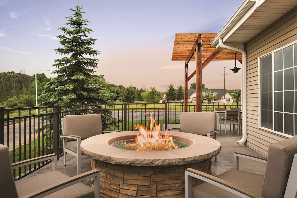 Fireplace, Country Inn & Suites by Radisson, West Bend, WI