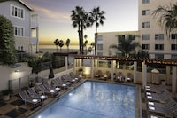 JW Marriott Santa Monica Le Merigot (14 of 40)