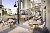 JW Marriott Santa Monica Le Merigot (5 of 40)