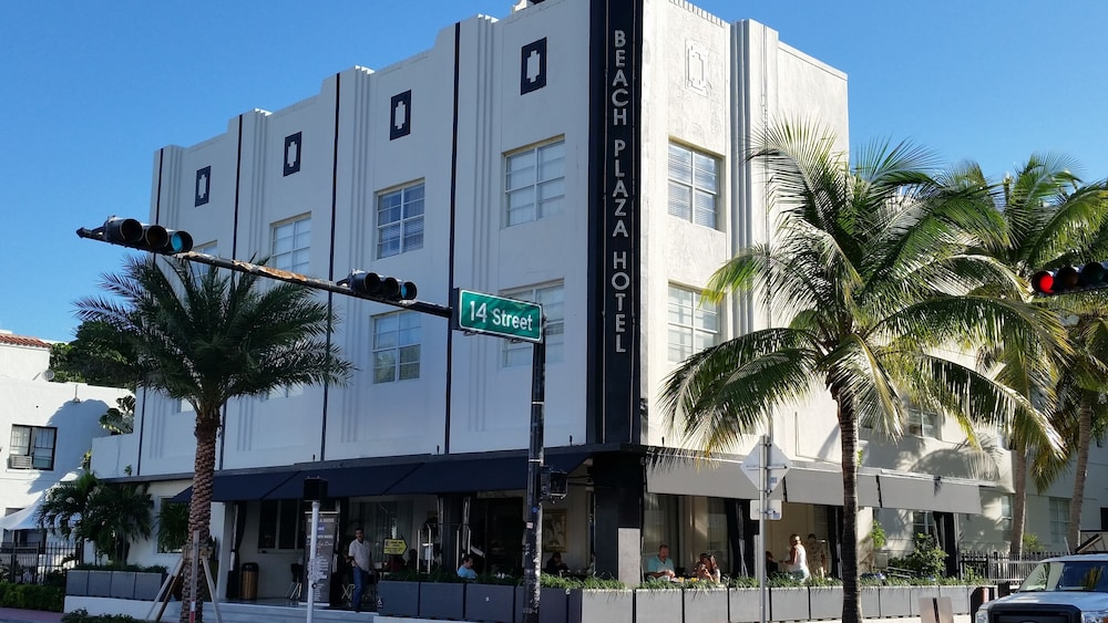 Featured Image, South Beach Plaza Hotel