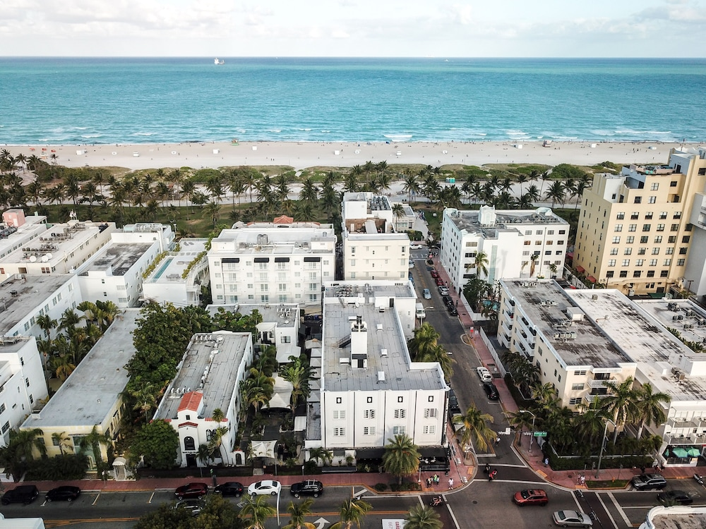 Aerial View, South Beach Plaza Hotel