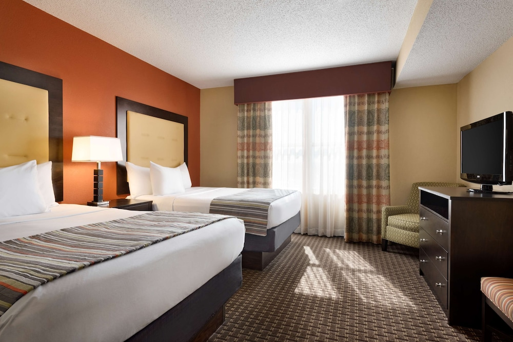 Room, Country Inn & Suites by Radisson, Evansville, IN