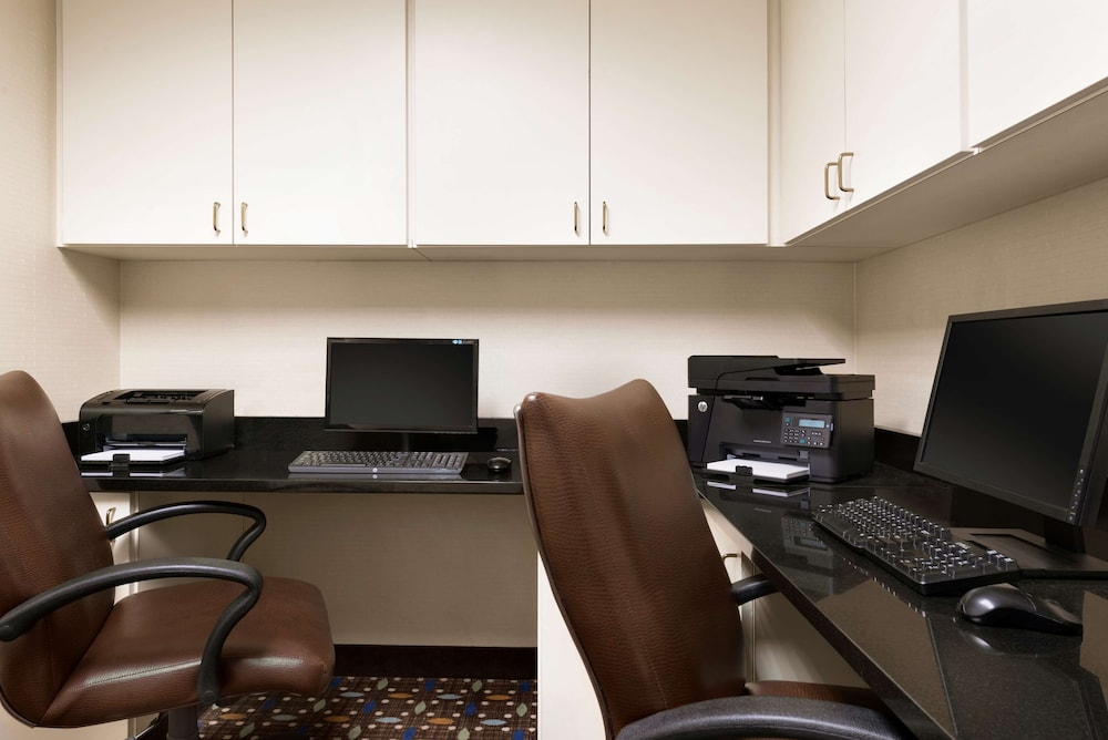 Business Center, Country Inn & Suites by Radisson, Evansville, IN