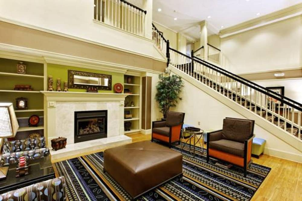 Lobby Sitting Area, Country Inn & Suites by Radisson, Evansville, IN