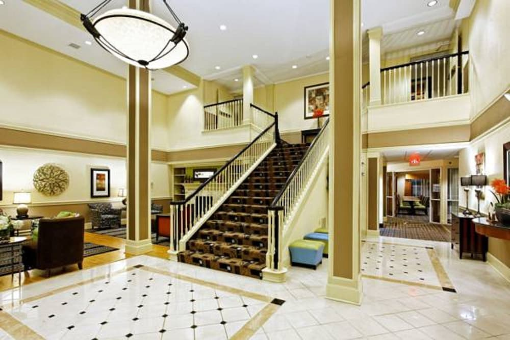 Lobby, Country Inn & Suites by Radisson, Evansville, IN