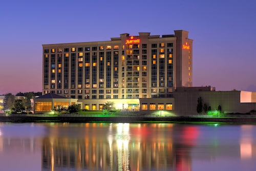 Check Expedia for Availability of Marriott Indianapolis North