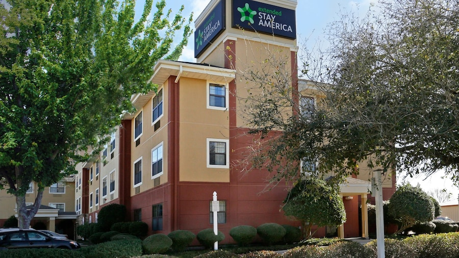 Extended Stay America Suites Lafayette Airport