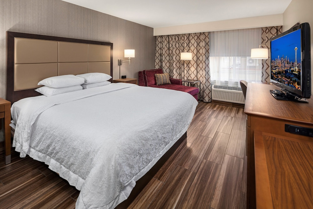 Room, Hampton Inn & Suites Seattle North - Lynnwood