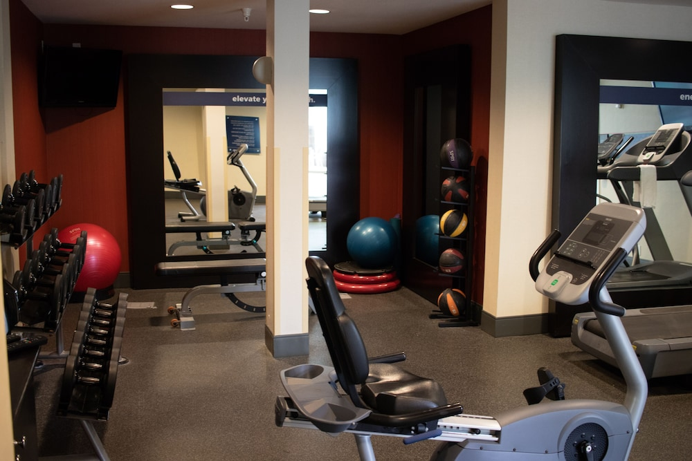 Fitness Facility, Hampton Inn & Suites Seattle North - Lynnwood