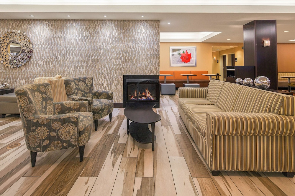 Reception, Hampton Inn & Suites Seattle North - Lynnwood