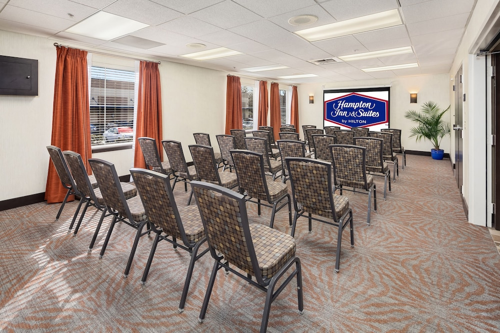 Meeting Facility, Hampton Inn & Suites Seattle North - Lynnwood