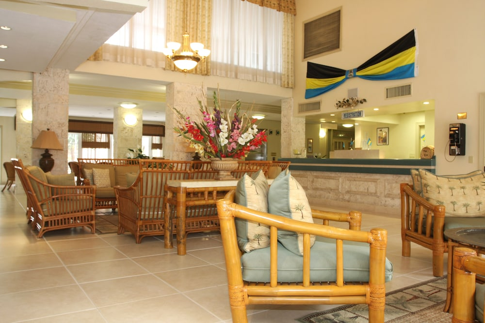 Lobby Sitting Area, Castaways Resort and Suites