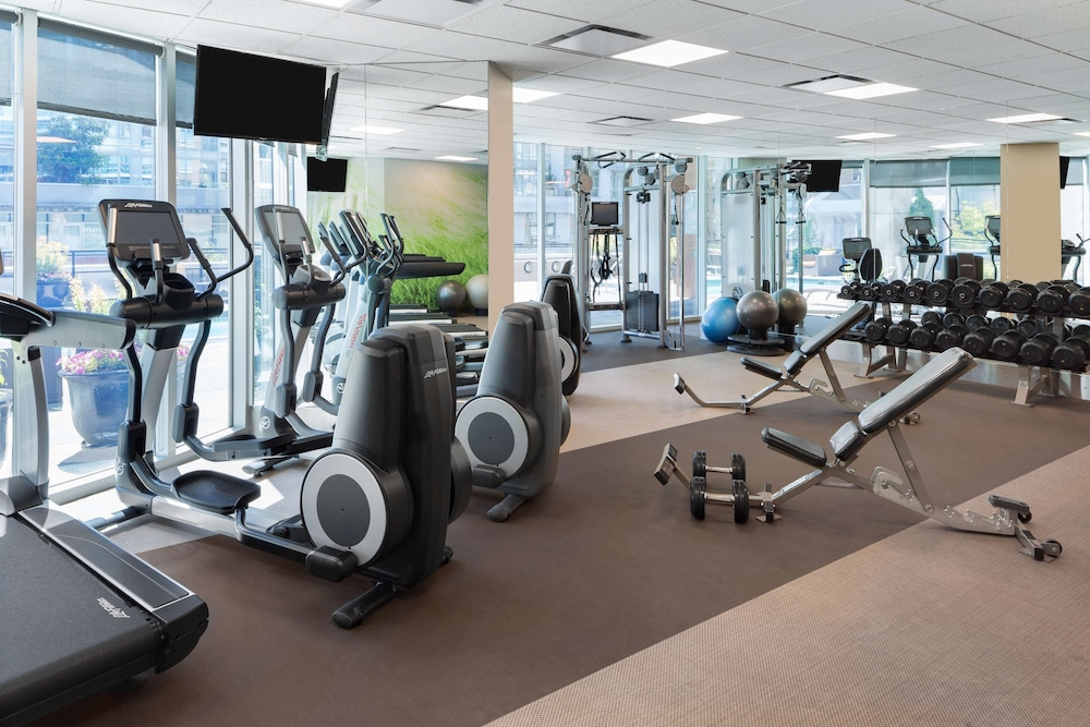 Fitness Facility, Hilton Vancouver Downtown