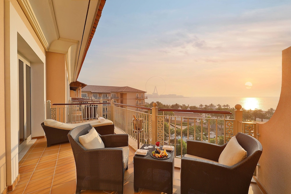 Beach/Ocean View, The Ritz-Carlton, Dubai