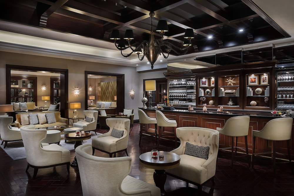 Bar, The Ritz-Carlton, Dubai