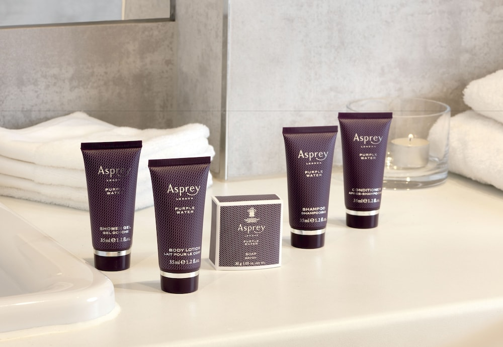 Bathroom Amenities, The Ritz-Carlton, Dubai