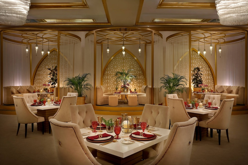 Restaurant, The Ritz-Carlton, Dubai