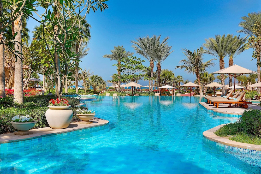 Property Amenity, The Ritz-Carlton, Dubai