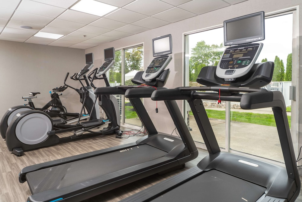 Fitness Facility, Hampton Inn Swedesboro Philadelphia