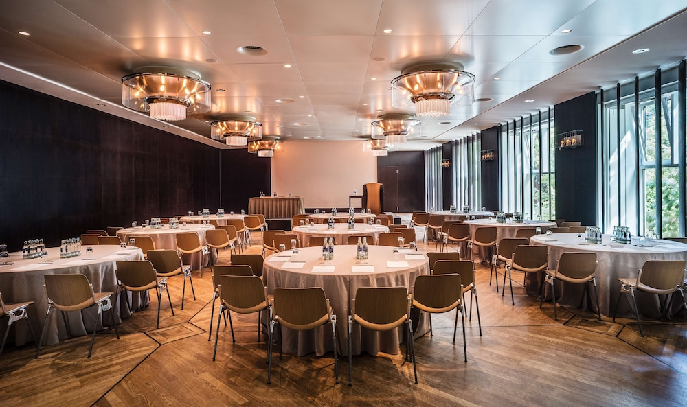 Ballroom, Grand Hyatt Berlin