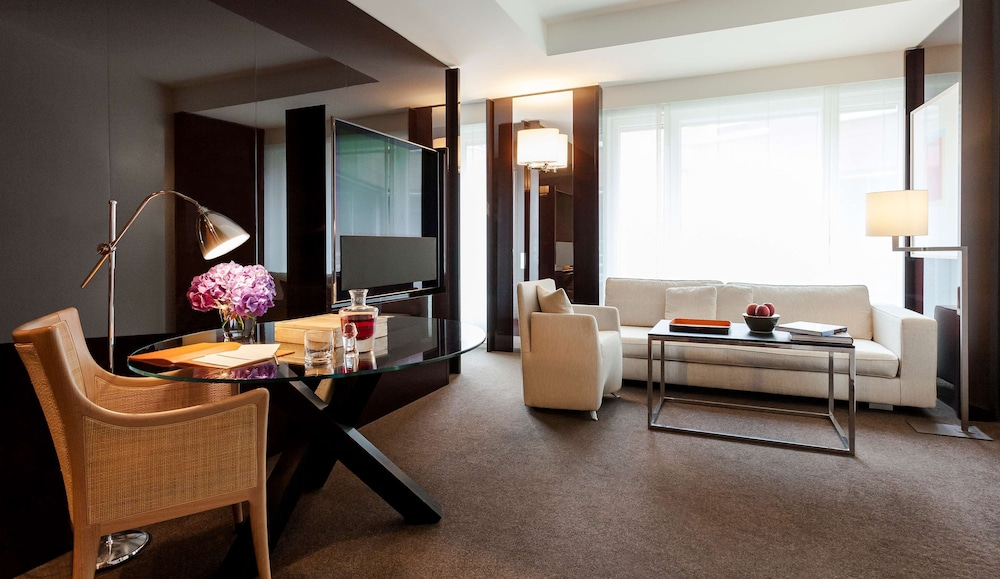 Room, Grand Hyatt Berlin