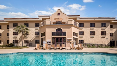Great Place to stay Best Western Gateway Grand near Gainesville