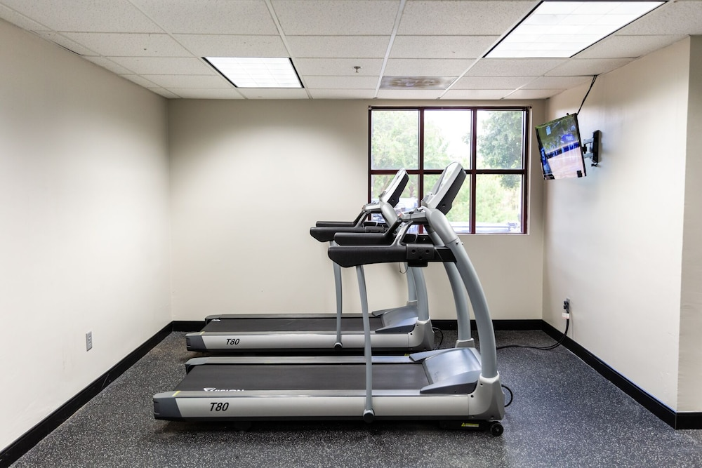 Fitness Facility, Best Western Gateway Grand