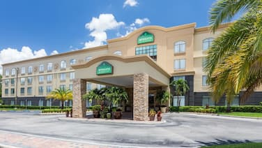 Wingate by Wyndham Convention Ctr Closest Universal Orlando