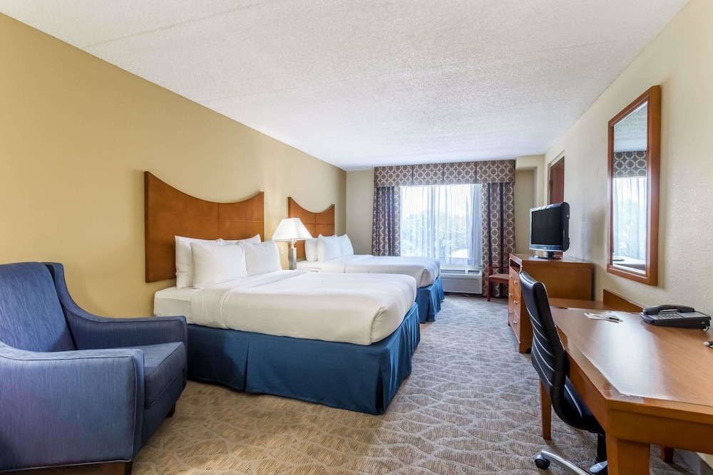 Room, Wingate by Wyndham Convention Ctr Closest Universal Orlando