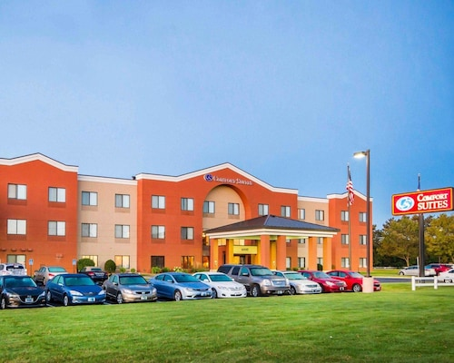 Great Place to stay Comfort Suites near Ramsey