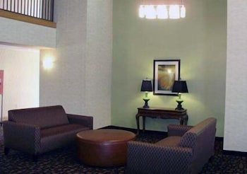 Lobby Lounge, Quality Inn