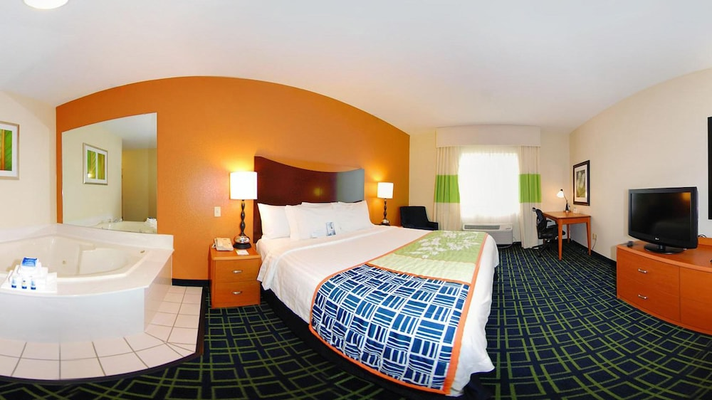 Room, Fairfield Inn & Suites by Marriott - Jefferson City