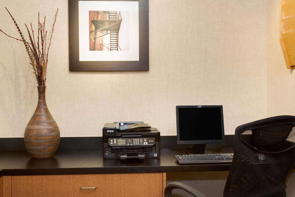 Business Center, Wingate by Wyndham Raleigh Durham Airport RTP