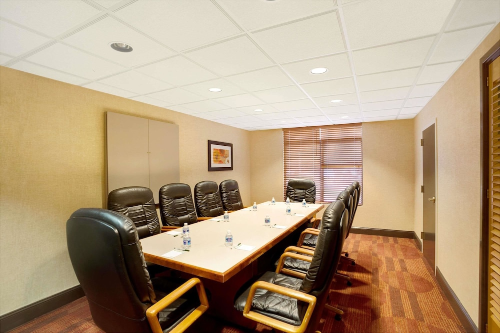 Meeting Facility, Wingate by Wyndham Raleigh Durham Airport RTP