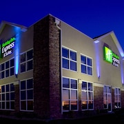 Holiday Inn Express Hotel & Suites Rapid City