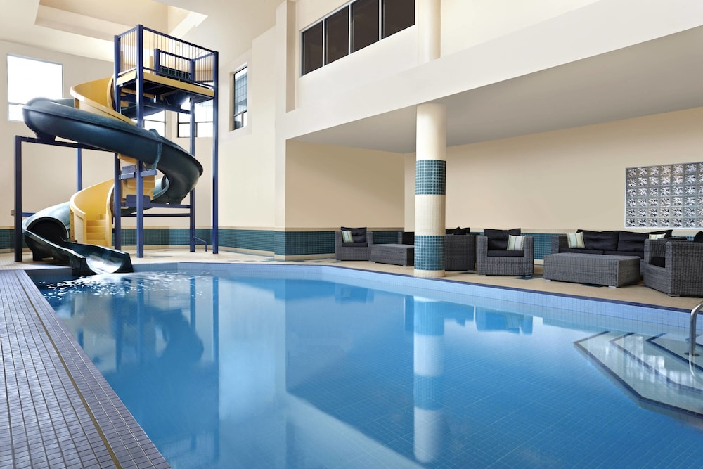 Indoor Pool, Four Points by Sheraton Hotel & Suites Calgary West