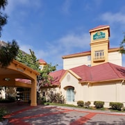 La Quinta Inn & Suites by Wyndham Fremont / Silicon Valley