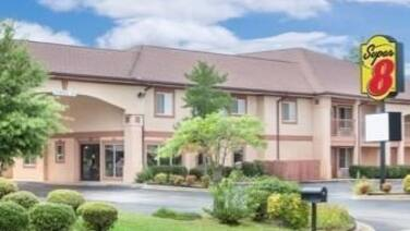 Super 8 by Wyndham Decatur Priceville