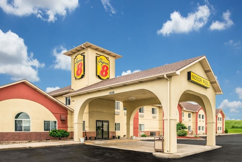 Great Place to stay Super 8 by Wyndham Gretna near Gretna