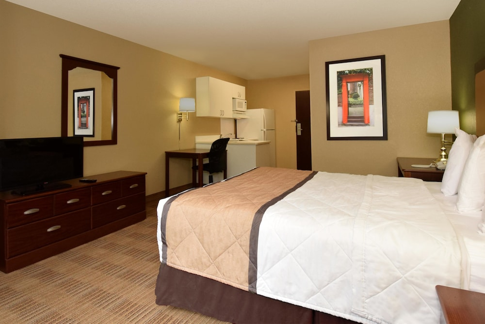 Extended Stay America Chicago Woodfield Mall Convention Ctr 2019