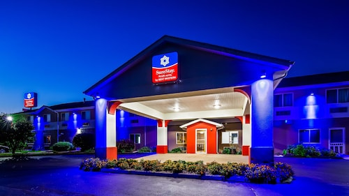 SureStay Plus Hotel by Best Western Bettendorf