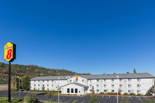 Check Expedia for Availability of Super 8 by Wyndham Roseburg