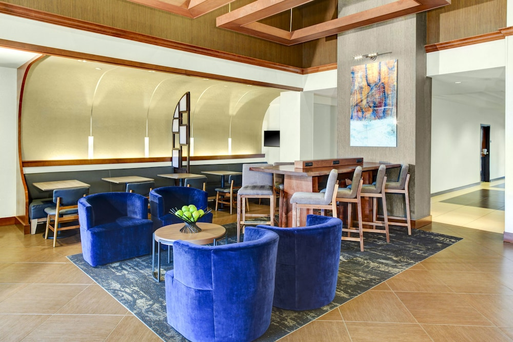 Lobby Sitting Area, Hyatt Place Charlotte Airport/Tyvola Rd