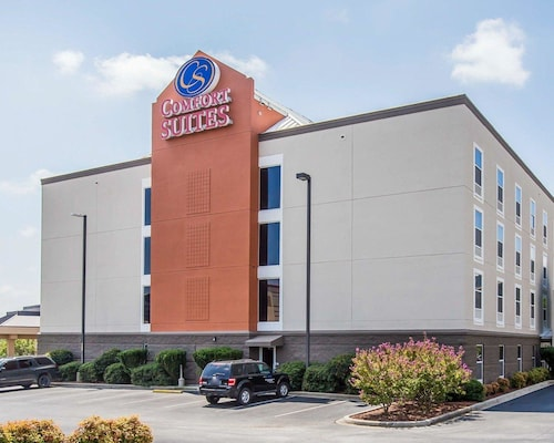 Great Place to stay Comfort Suites Anderson near Anderson