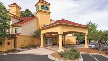 La Quinta Inn & Suites by Wyndham Univ Area Chapel Hill