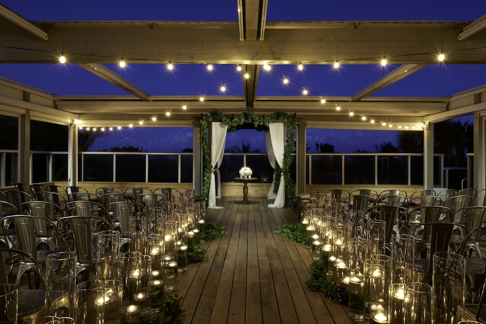 Outdoor Wedding Area, The Confidante Miami Beach, part of Hyatt