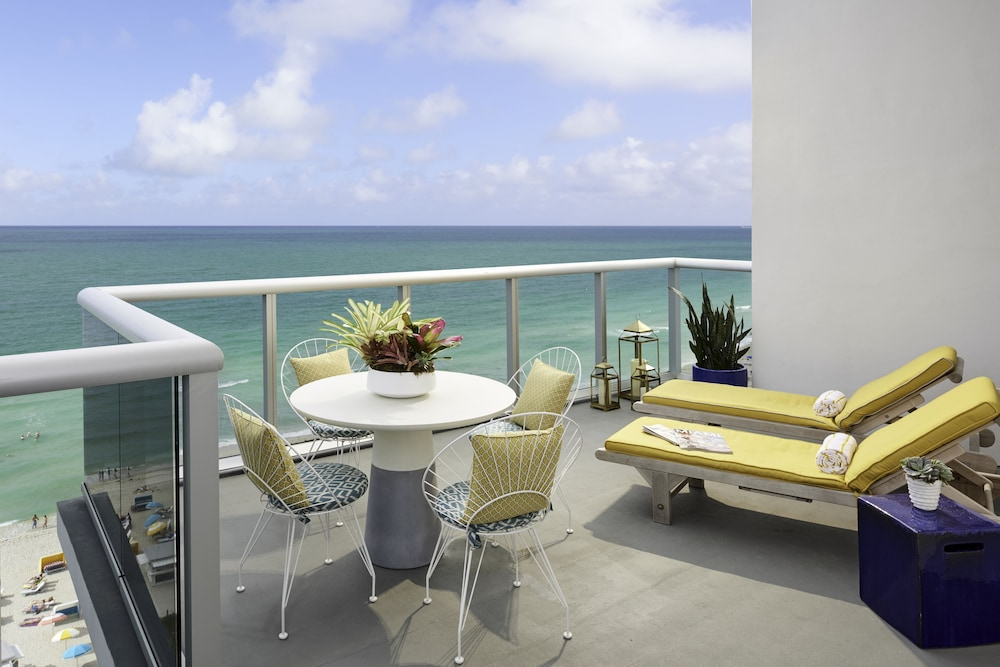 Room, The Confidante Miami Beach - in the Unbound Collection by Hyatt
