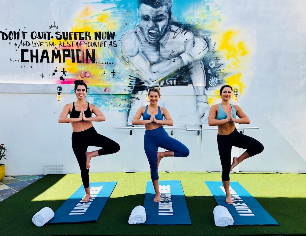 Yoga, The Confidante Miami Beach - in the Unbound Collection by Hyatt