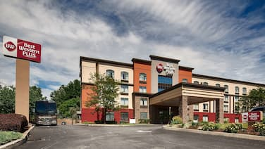Best Western Plus Harrisburg East Inn & Suites